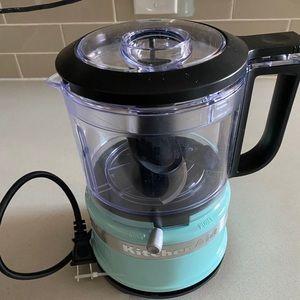 Never used, mini Kitchenaid food processor 🥘🥔🥕